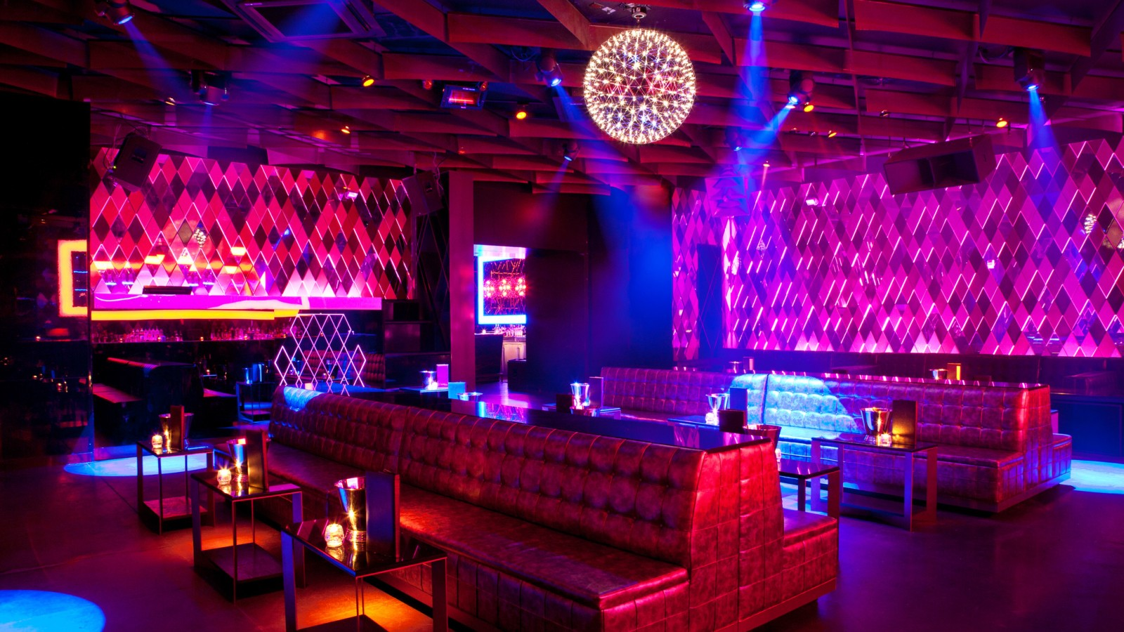 mevsim-night-club