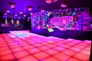 romantic night club