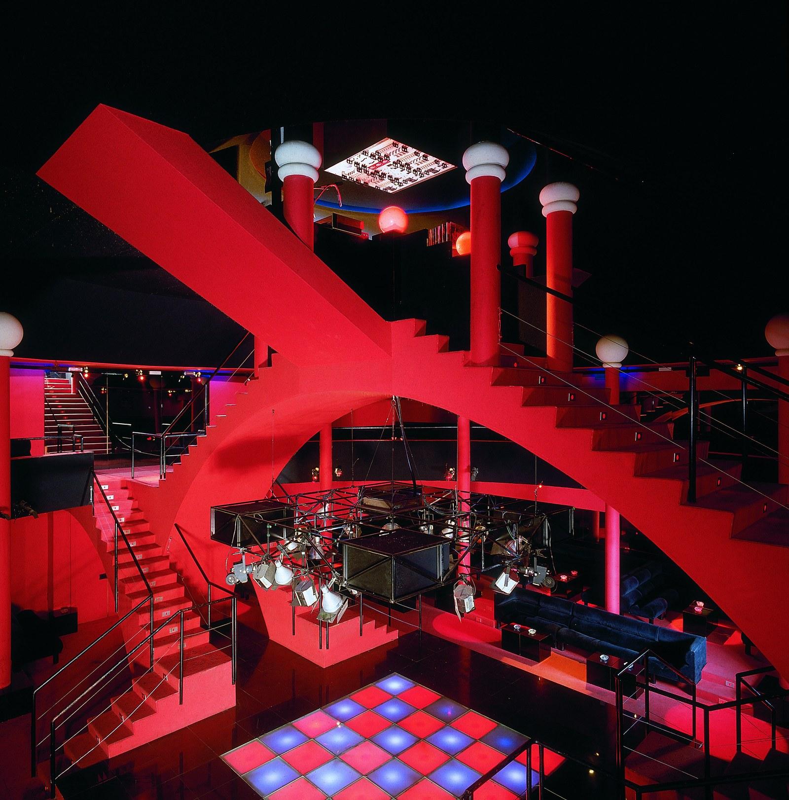 yakamoz-night-club